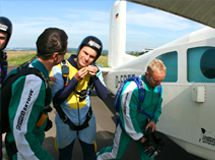 Fallschirmspringen Ausbildung Frankfurt